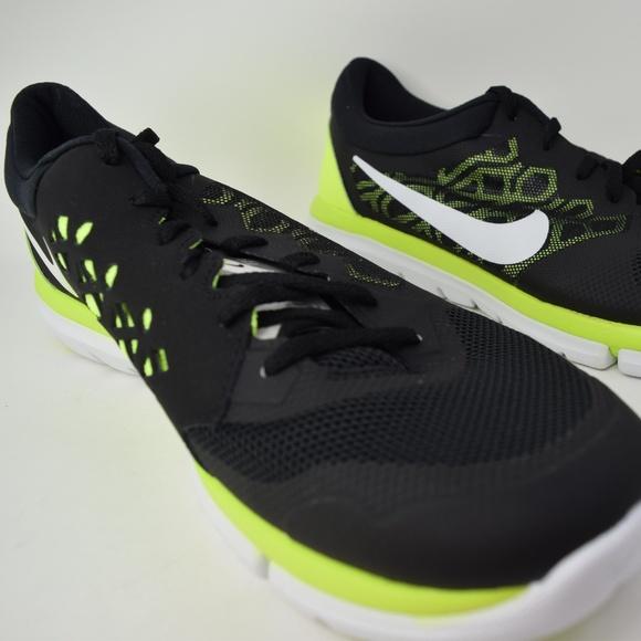 73669a1e4ac9 Nike Flex Run 2015 709022-004 Black White Men shoe